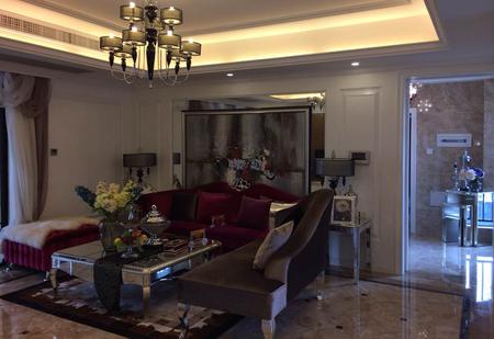 北海家庭装修【北海名座】4室2厅2卫/139㎡ 装修风格:简欧风格 设计师 :林佩艳